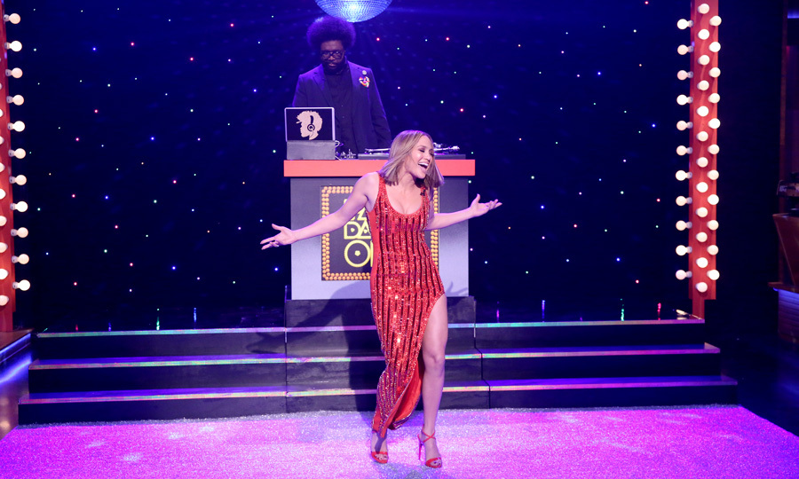 Shake it fast! Jennifer Lopez got on the floor and got competitive during a round of Fast Dance-Off on the <i>Tonight Show</i>. <i>The World of Dance</i> star showed off her moves as she faced off with host Jimmy Fallon. 