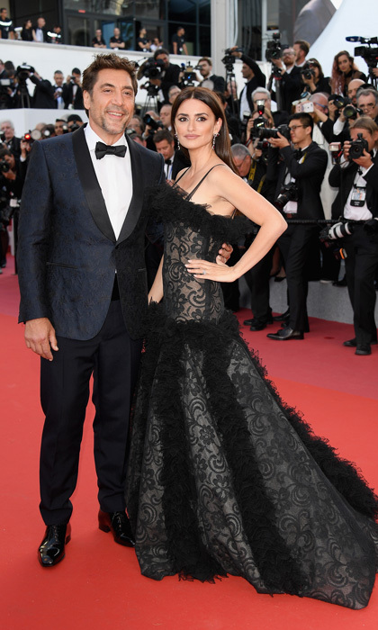 Penélope Cruz stunned in a black ball gown by Chanel as she walked the carpet with her husband and co-star Javier Bardem during the <i>Everybody Knows</i> screening on May 8.