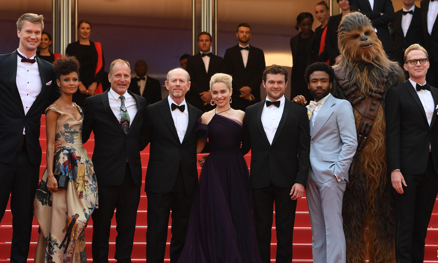 In a festival far, far away, Joonas Suotamo, Thandie Newton, Woody Harrelson, Ron Howard, Emilia Clarke, Alden Ehrenreich, Donald Glover, Chewbacca and Paul Bettany posed on the carpet during the <i>Solo : A Star Wars Story</i> screening on May 15. 
