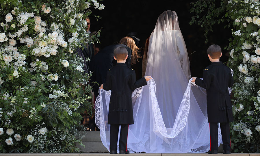 <b>THE VEIL</b>