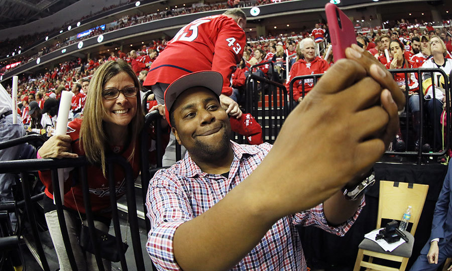 Say cheese! Kenan Thompson snapped a selfie with a fan at Game Three of the 2018 NHL Stanley Cup Final between the Washington Capitals and the Vegas Golden Knights at Capital One Arena on June 2 in Washington, DC. 