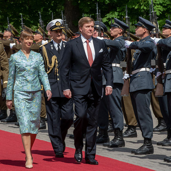 King Willem-Alexander of Netherlands joined Estonian President Kersti Kaljulaid on his own at Kadriorg Palace in Tallinn while on a tour of Estonia, Latvia and Lithuania on June 12. The monarch's wife Queen Maxima was scheduled to accompany him, but cancelled the visit in light of her sister Ines Zorreguieta's sudden passing.