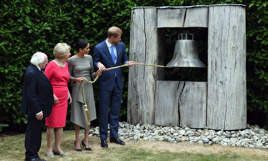 The royal couple rang the Peace Bell as the president and his wife looked on. The bell was installed in 2008 to mark the 10th anniversary of Northern Ireland's Good Friday peace agreement. 