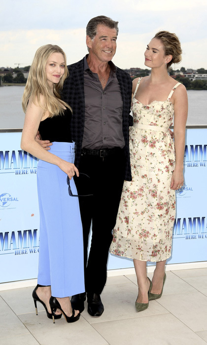 Pierce Brosnan was a lucky guy with Amanda Seyfried and Lily James for the <i>Mamma Mia Here We Go Again</i> photocall in Hamburg, Germany.