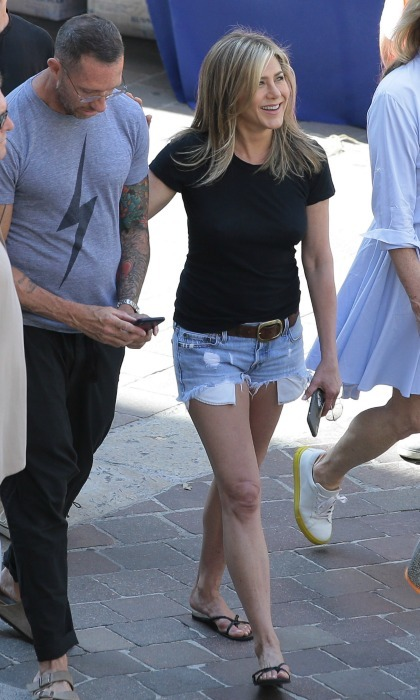 Looking effortlessly beautiful in chic summer wear, Jennifer Aniston brought the California sunshine to Italy while on the set of her new film <i>Murder Mystery</i> on July 30.