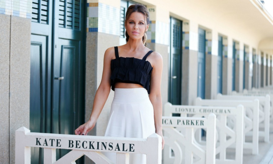Looking lovely in a monochromatic two-piece number, Kate Beckinsale joined the likes of Sarah Jessica Parker and other prominent figures as she was honored with her own personal locker room at the 2018 Deauville American Film Festival on Sunday, September 2 in Deauville, France. The 45-year-old actress received the locker room because she was given the Talent Award at the 44th edition of the festival. 